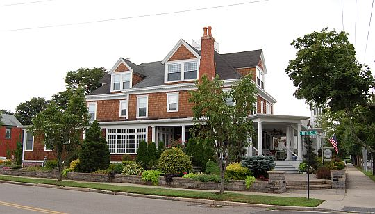 The Bartlett House Inn