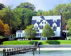Harbor Knoll, a B&B on the water