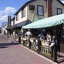 A sidewalk restaurant